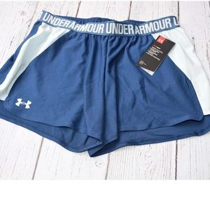 "🆕 Under Armour Play Up 2.5"" Shorts 1292231 $25"